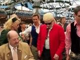 Oktoberfest 2011 - Anstich durch OB Ude mit 2 Schlägen. O'Zapft is. Wiesn Auftakt 2011