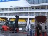 AIDAblu Hamburg Hafen AIDA kreuzfahrten AIDAblue Film Video Lounge Clubschiff
