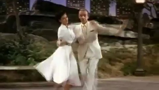 Fred Astaire Cyd Charisse Dancing In The Dark At The Central Park Video Dailymotion