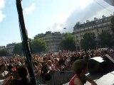Sophie Ellis-Bextor @ Place de la Bastille (Paris)