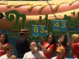 Joey Chestnut wins 6th Straight hot dog eating title