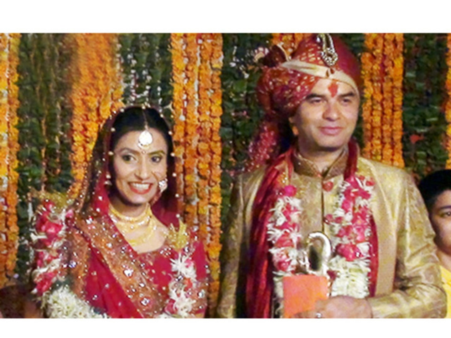 Singer Mohit Chauhan Ties The Knot - Bollywood News