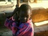 Raymond Depardon - Afriques, comment ça va avec la douleur ? (1996, extrait II)