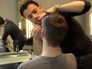 Der neue Trend beim Mann- das Augenbrauen Zupfen