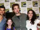 Kristen Stewart Heats Up Comic-Con