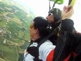 saut en parachute de sylvie avec go-parachutisme