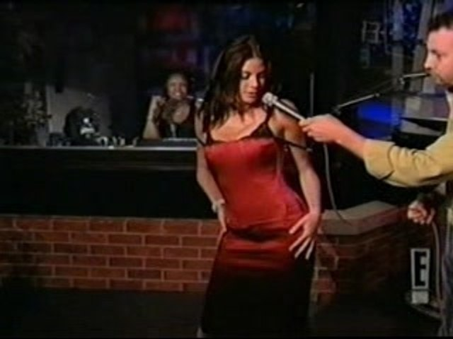 Teri Hatcher Sexy Dance