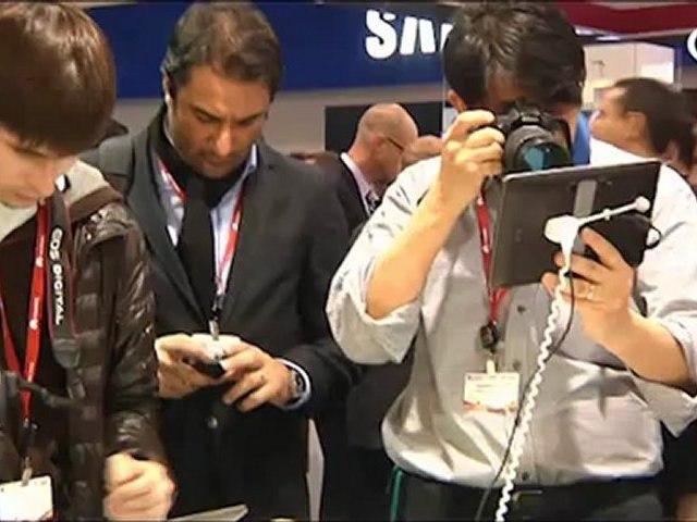 MWC: LG Optimus 3D y LG Optimus Pad, smartphone y tablet 3D de LG