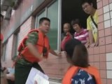 Residents evacuated as China's Yangtze River floods