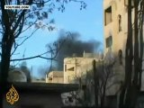 Syrian forces continue Homs offensive