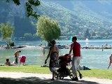 Annecy et son lac au pied des Aravis