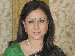 Sexy Saie Tamhankar And Cute Aniket Vishwasrao In Marathi Movie Aghor! - Entertainment News