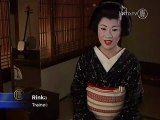 No Cultural Barriers Chinese Woman Trains to be a Geisha