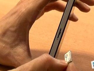 Comment insérer la carte sim dans un iPhone ?