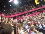 Une OOOLLAA  à la mi temps du match de handball  Grande Bretagne Tunisie