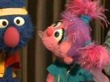 Elmo poses like Usain Bolt