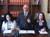 SICILIA TV (Favara) Aprite quella porta 2. Ancora chiusa la porta del WC di Piazza Cavour