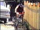 Humour - velo crash big jump