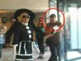 Pop Diva Lady Gaga's Bodyguard Slams A Fan ! - Hollywood Scoop