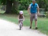 Lalie en vélo