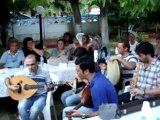 İbrahim Erkal ve Maltepe Musiki Cemiyetinin Geyve Umurbey Köyü gezisi