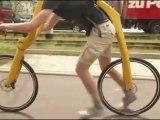 Vélo sans pédales et sans selle