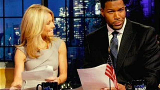 Michael Strahan Joins Kelly Ripa on ABC's 'Live!'  WATCH NOW