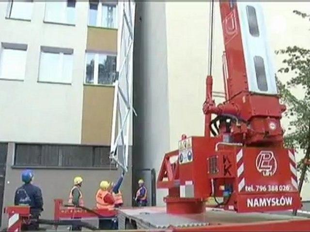 Polonia: a Varsavia la casa più stretta al mondo