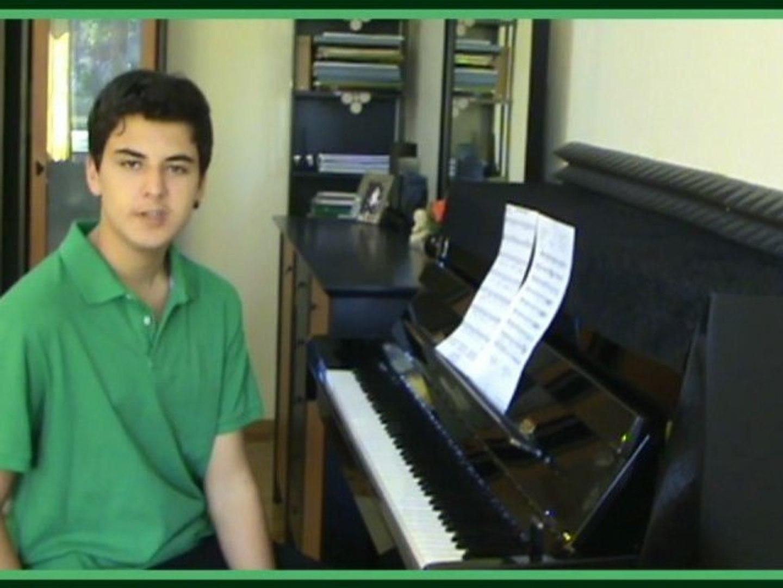Genç Piyanist YEMEN Türküsü HAVADA BULUT YOK Enstrumantel Müzik Piyano Dinle BU NE DUMANDIR Senfonı