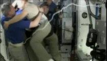Endeavour amorce son dernier retour sur Terre