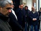 Attentat de la mosquée: la prière en groupe devant la mosquée