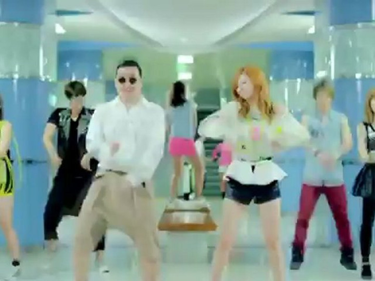 Music videos without music GANGNAM STYLE 강남스타일 by PSY