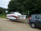 BAYDREAM 5.5   Un bateau transportable hybride Voile/Moteur