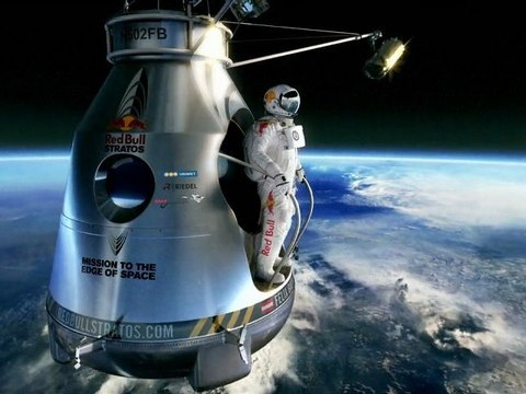 REDBULL STRATOS (mission to the edge of space)