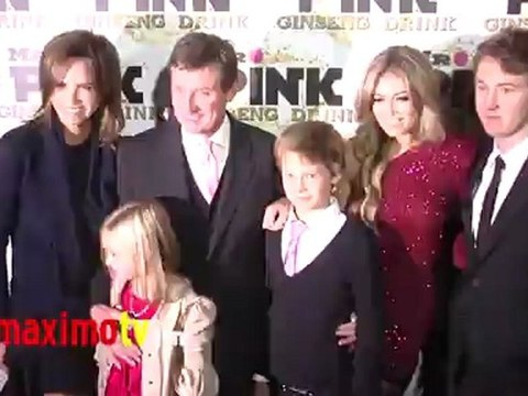 Wayne Gretzky, Janet Jones, Paulina Gretzky  at  Mr. Pink Ginseng Drink Launch Party