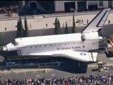 Shuttle Endeavour Arrives at California Science Center