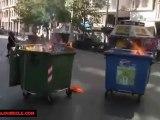 Grèce  La police d'Athènes encerclée par les flammes et les explosions  26 Sept.2012