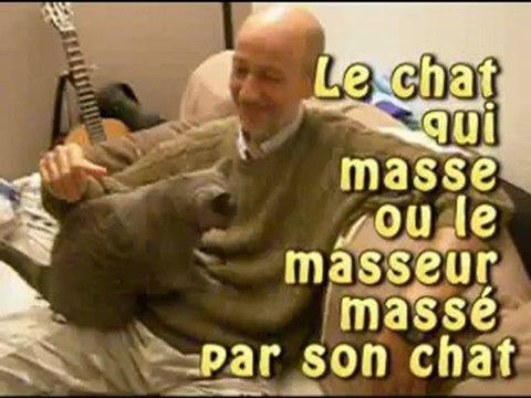 Le chat qui masse ou le masseur massé par son chat
