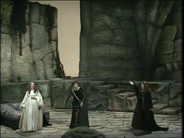 Norma / V. Bellini / Act 1 Finale /Trio - Choir '' Vanne, si mi lascia , indegno''