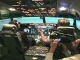 Crash d'avion / Yacine Belhousse dans un cockpit de Boeing 737 - Campus Comedy Tour