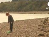 Un Irlandais retrouve une bouteille à la mer jetée 8 ans plus tôt au Québec