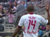 Quand Thierry Henry chambre les supporters adverses !