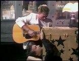Partie 1/2-Sardou participe à un tour de magie raté (1985)-les charlots + Hallyday