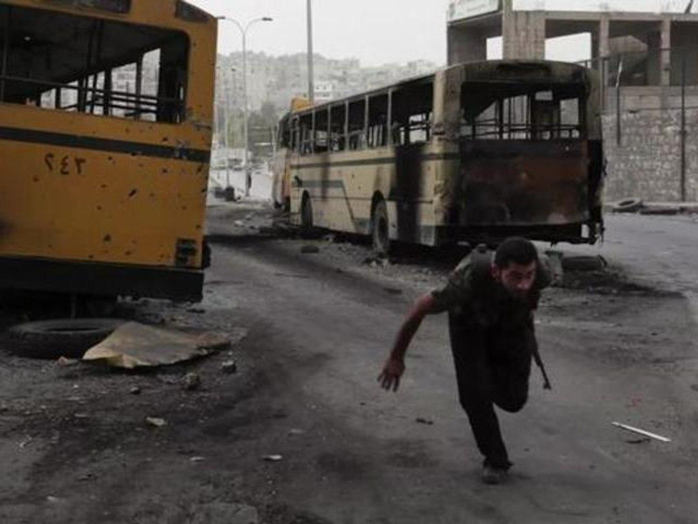 Caméra embarquée sur la ligne de front à Alep