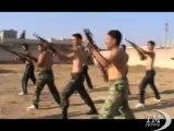 In Siria ribelli a caccia di credibilità mostrano l'arsenale. L'opposizione diffonde video con esercitazioni militari