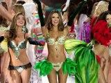 Le défilé de Victoria's Secret : Rihanna, Justin Bieber et des mannequins sexy à moitié nues