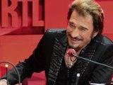 Johnny Hallyday en interview dans les studios de RTL