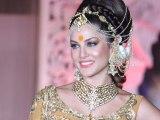 Sunny Leone Walks The Ramp For Rohit Verma @ Grand Fashion Show 'Ignite'