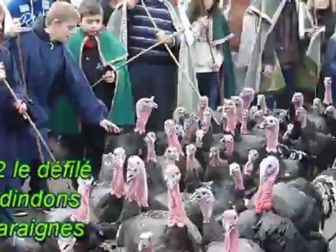 Défilé de dindons à Varaignes