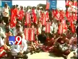 Left parties stage protest outside Walmart against FDI